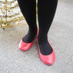 シックなクリスマスカラーにもぴったり、クロックスのウィオナ・フラット・パテント