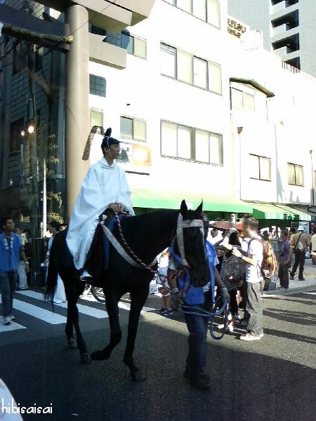 天神祭陸渡御 馬に乗った人