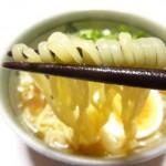 寒いからあったかフード ラ王 袋麺(醤油味)を作ってみました
