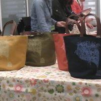 日本製レザー持ち手のキャンバストートバッグ
