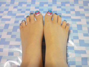 ストッキング足の甲