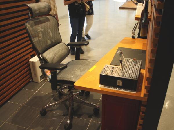 アタッチメント式の机
