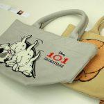 もこもこしたサガラ刺繍はディズニーキャラにぴったり!ベルメゾンの「サガラ刺繍トートバッグ 」