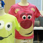 トイ・ストーリーのロッツォが大きな顔で存在感抜群!「半袖ビッグシルエットフェイスTシャツ」