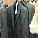 体型カバーのキーワード「腕はり」「ももはり」って何? ベルメゾンのファッション担当の人に教わってきました