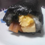 2016年の恵方は南南東、今年は五福で縁起のいいコープさんの冷凍巻き寿司にしてみました