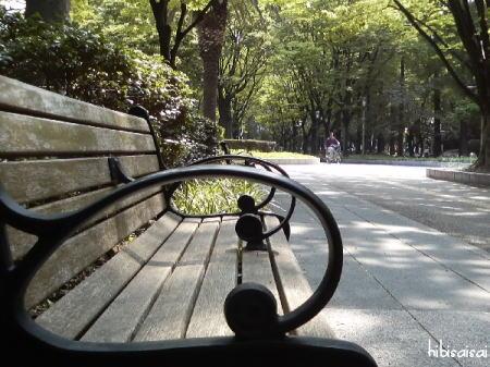 靱公園の椅子