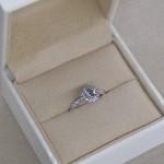 婚約指輪って何?
