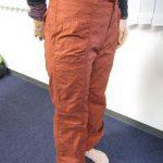 着てみてわかるベルメゾンの裏フリースパンツ、暖かポイントを着用シーンでチェック