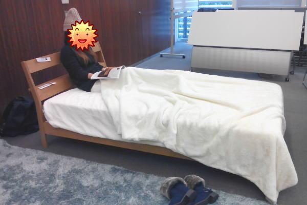 棚付きシンプルすのこベッド(BELLE MAISON DAYS)