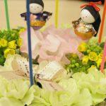 桃の季節に贈りたい、ちょっと特別なフラワーケーキのプレゼント