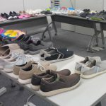クロックスのCome As You Areキャンペーン ドリュー・バリモア&ジョン・シナの靴はこれ