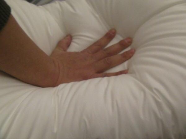 枕を押さえたところ